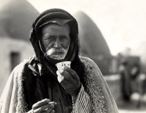 Syrian postcard, 1930/Wikimedia